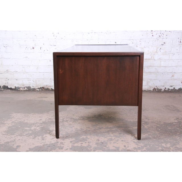 Jens Risom Mid-Century Modern Walnut Executive Desk, 1960s For Sale - Image 10 of 13