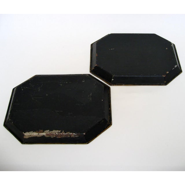 Vintage Small Tole Trays, a Pair For Sale In Los Angeles - Image 6 of 6