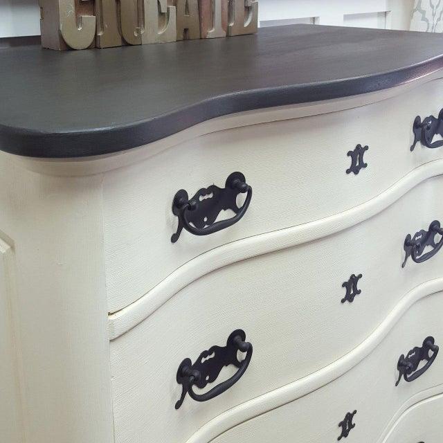 Black & White Tallboy Serpentine Dresser - Image 5 of 5