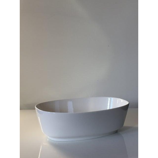 Modern Villeroy & Boch Affinity White Premium Porcelain Oval Salad Bowl - A Pair For Sale - Image 3 of 6
