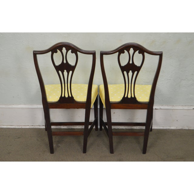 Antique 19th Century Pair of Mahogany Hepplewhite Period Shield Side Chairs For Sale - Image 10 of 12