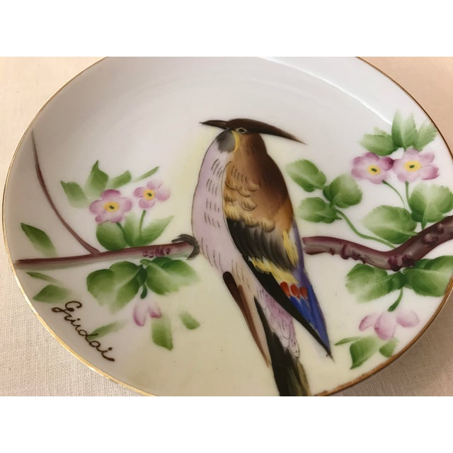 Green Guidai Japanese Hand Painted Bird Plate For Sale - Image 8 of 8