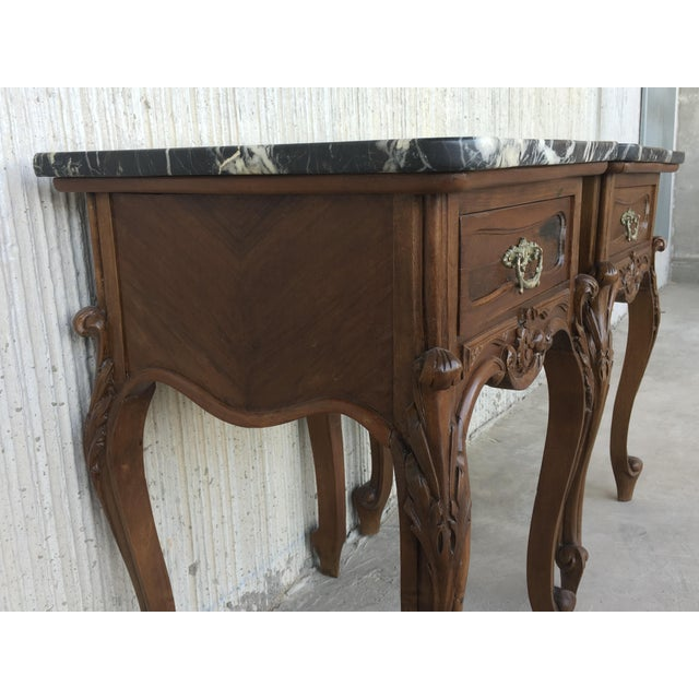 Marble 19th Century Pair of French Louis XV Carved Nightstands For Sale - Image 7 of 12
