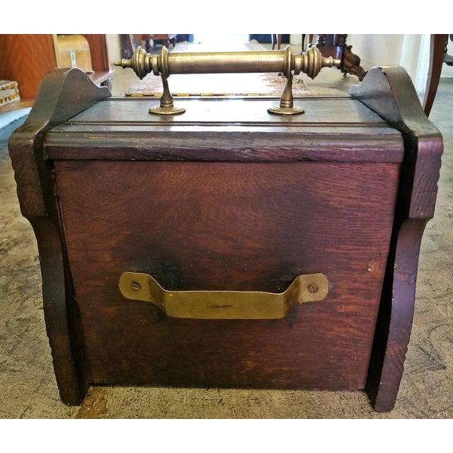 Early 19th Century British Regency Provincial Oak Coal Scuttle/Bin For Sale - Image 9 of 11