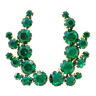 20th Century Pair of Gold Plate & Emerald Austrian Crystal Earrings For Sale