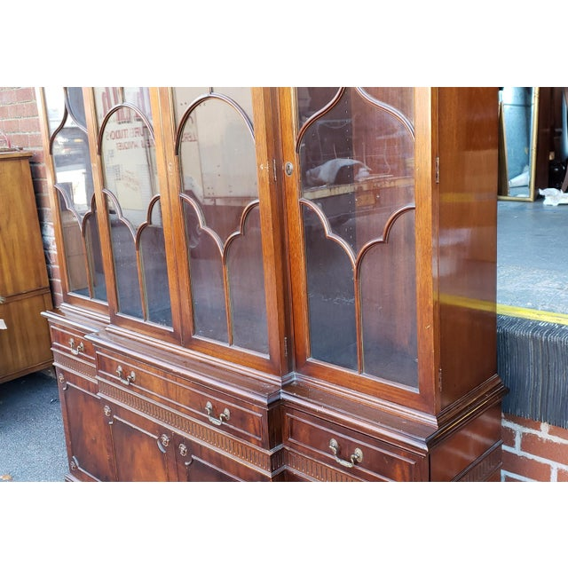 Brown Traditional Mahogany 2 Part Dining Room Breakfront China Cabinet C1930s For Sale - Image 8 of 13