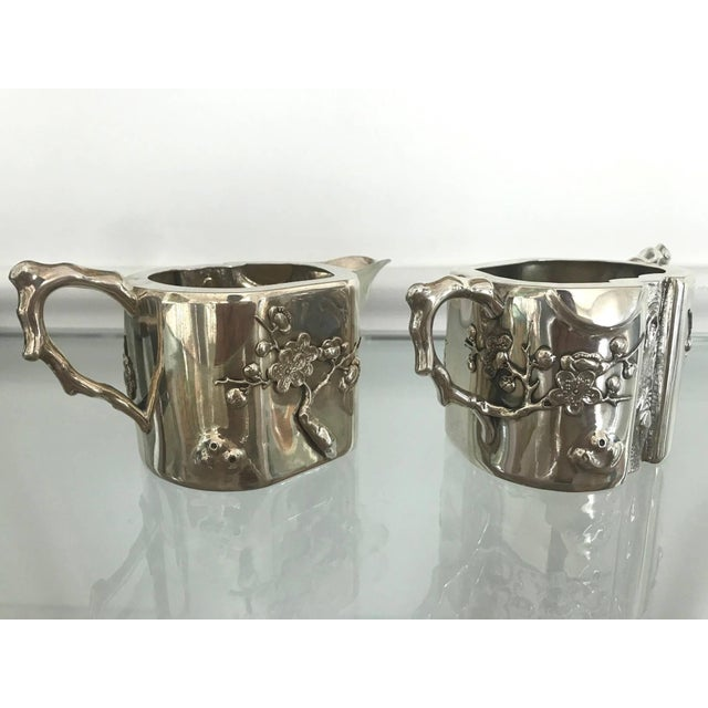 Chinese Chinese Export Sterling Silver Creamer and Sugar Luen Wo - A Pair For Sale - Image 3 of 10