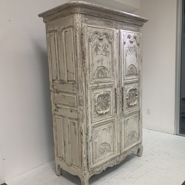 Early 19th Century Antique French Armoire For Sale In Houston - Image 6 of 11
