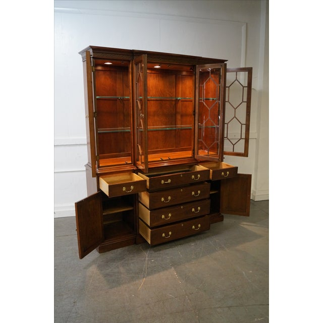 Harden Chippendale Style Cherry China Cabinet - Image 5 of 10
