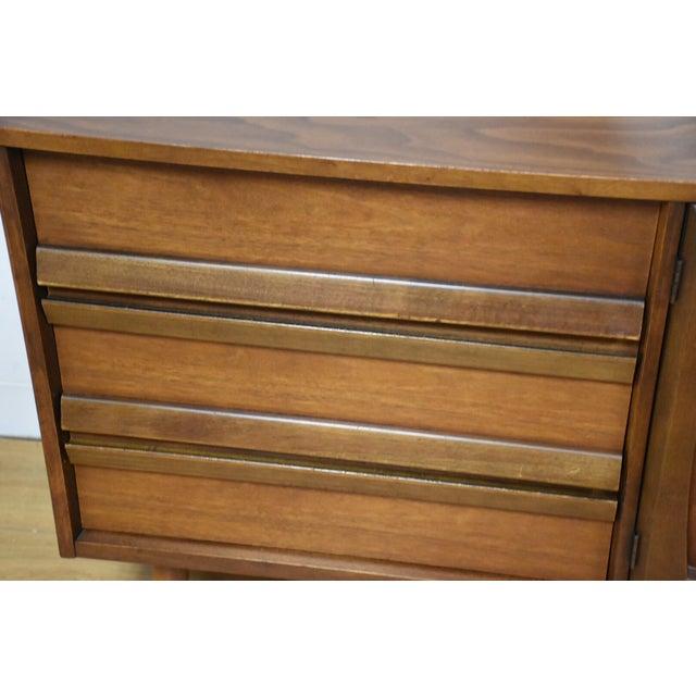Bassett Mid-Century Walnut Dresser & Mirror For Sale - Image 9 of 11