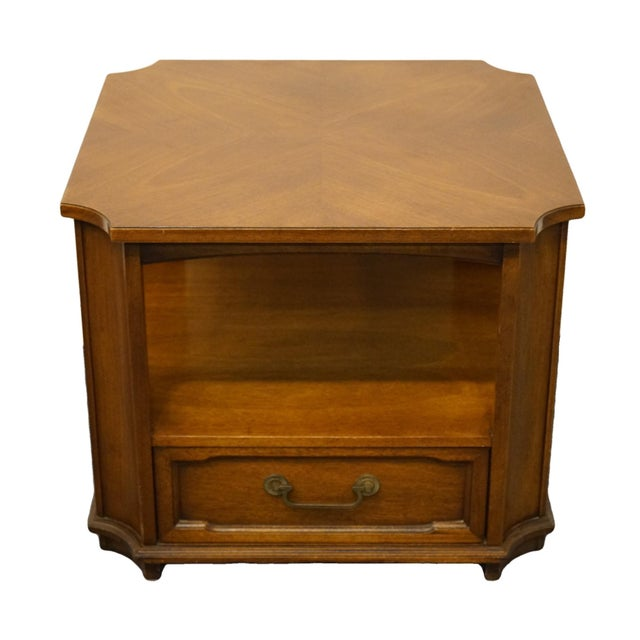 """Drexel Heritage Triune Collection mahogany 27"""" square accent end table with bookmatched top 585-317. 22"""" High 27"""" Wide 27""""..."""