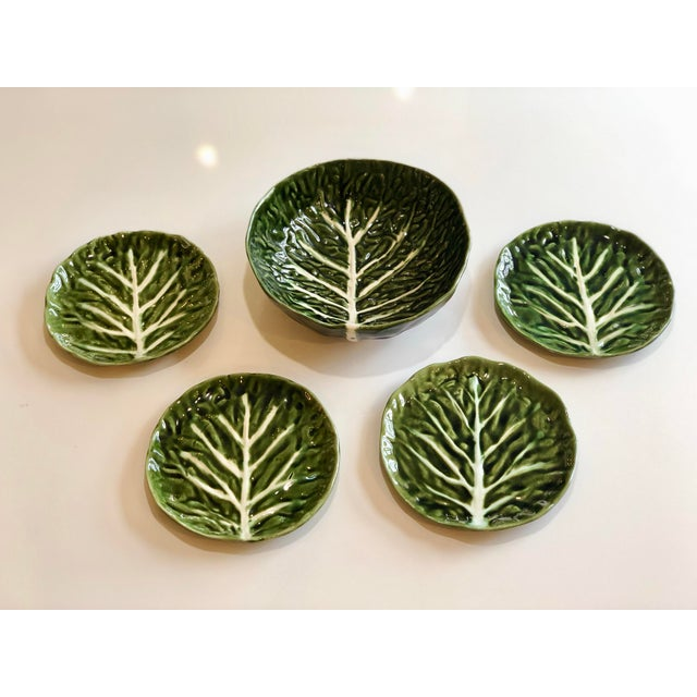 Vintage Green Cabbage Ware Vegetable Tabletop Plates and Bowl – Set of 5 For Sale In Detroit - Image 6 of 6