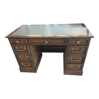 Early 18th Century Vintage President Royal Desk For Sale