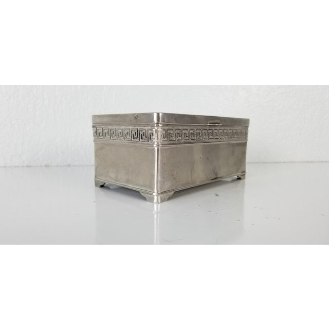 Vintage silver plated VERA LUCINO decorative box made in Italy. A place to keep jewelry keys valet for coins etc. Please...