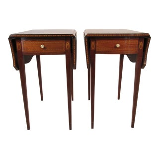 1940s English Traditional Mahogany Pembroke Tables - a Pair For Sale
