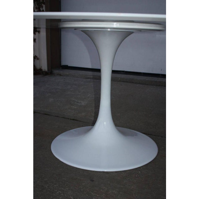 Contemporary White Tulip Style Table For Sale - Image 4 of 4