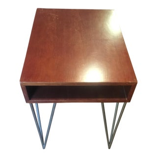Mid-Century Modern Todd Oldham End Table With Hairpin Legs For Sale