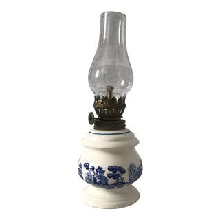 "Mid-Century ""Blue Willow"" Oil Lamp For Sale"