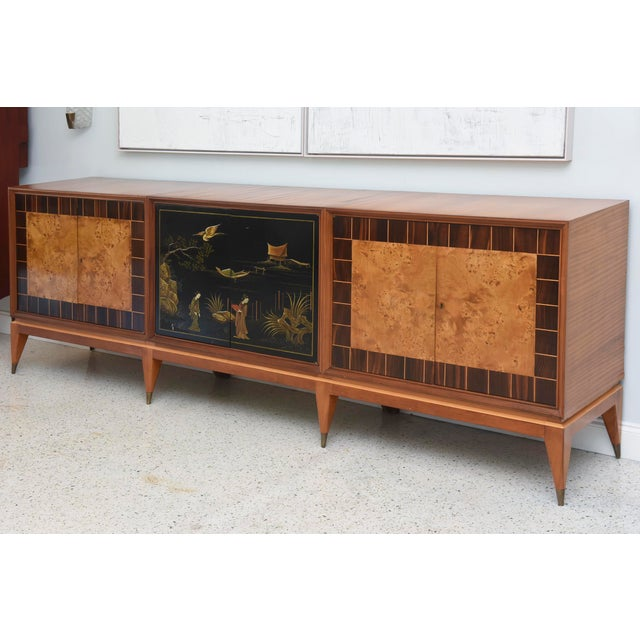 Superb Italian Six-Door Mixed Wood and Chinoiserie Buffet For Sale In Miami - Image 6 of 8