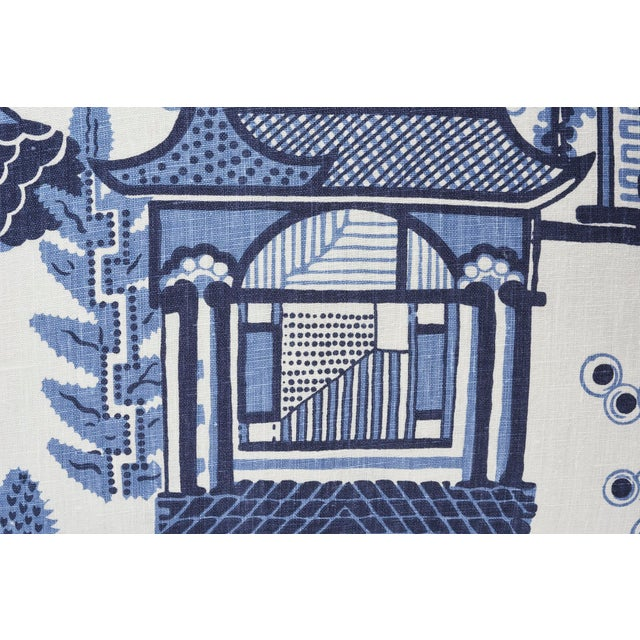 Contemporary Schumacher Double-Sided Pillow in Nanjing Print For Sale - Image 3 of 8