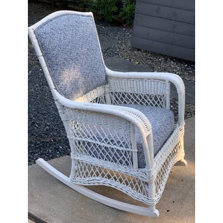 Early 20th Century Victorian Heywood Wakefield White Wicker Rocking Chair Preview