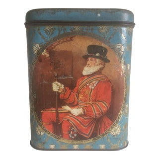 Rare Antique Early 1900's Royal British Yeoman of the Guard Lithograph Print Tea Tin Container Box For Sale