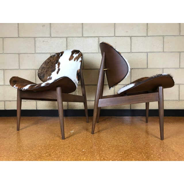 Mid-Century Modern Kodawood Mid-Century Modern Clam Shell Lounge Chairs- A Pair For Sale - Image 3 of 9