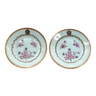 Circa 1780 Export Armorial Plates, China, a Pair For Sale