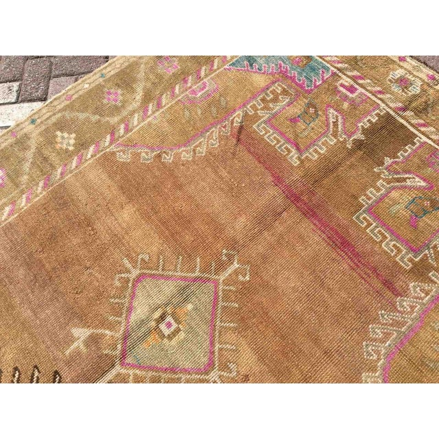 1950s Hand Knotted Brown Turkish Rug For Sale - Image 5 of 12
