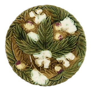 Majolica White Flowers & Leaf Plate