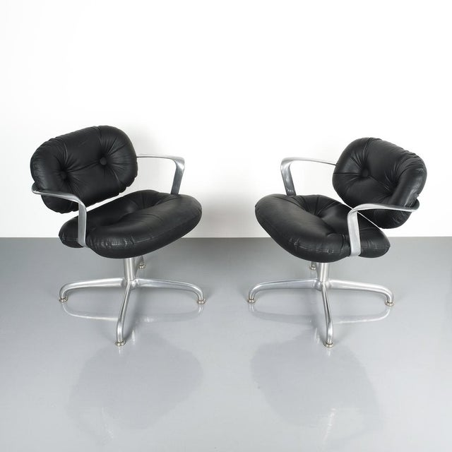 Aluminum Pair Morrison and Hannah Knoll Office Chair Aluminum Black Leather, 1975 For Sale - Image 7 of 9