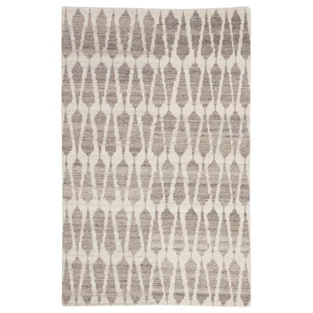 Jaipur Living Sabot Hand-Knotted Geometric Ivory/ Light Gray Area Rug - 7′9″ × 9′9″ For Sale In Atlanta - Image 6 of 6