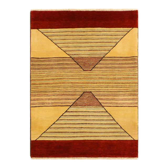 Shabby Chic Gabbeh Peshawar Cecil Tan/Red Hand-Knotted Wool Rug -3'0 X 5'1 For Sale
