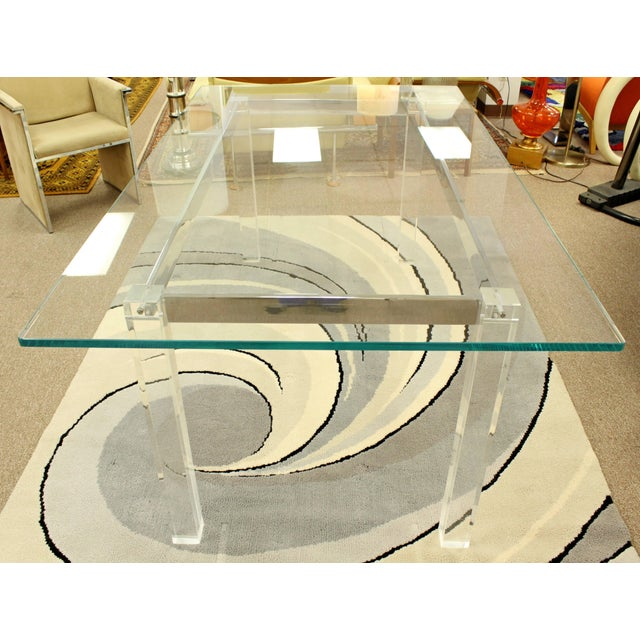 1970s 1970s Mid-Century Modern Hollis Jones Glass & Lucite Chrome Dining Table For Sale - Image 5 of 10
