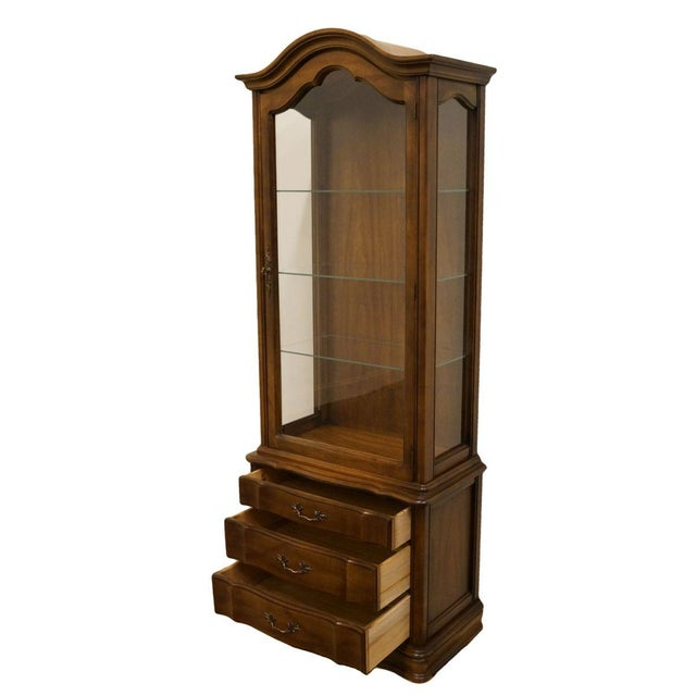 """Wood Hammary Country French 26"""" Bonnet Top Display Curio Cabinet For Sale - Image 7 of 12"""