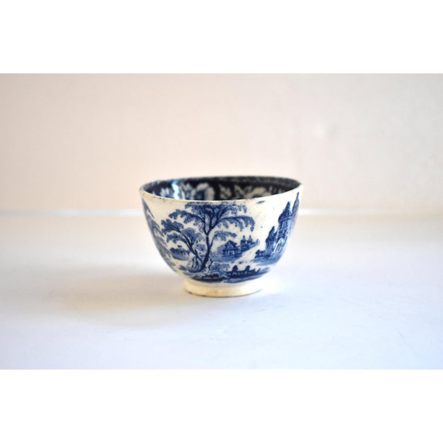 Early 19th Century Antique Georgian C. 1815 Staffordshire Blue Transferware Tea Bowl For Sale - Image 5 of 10