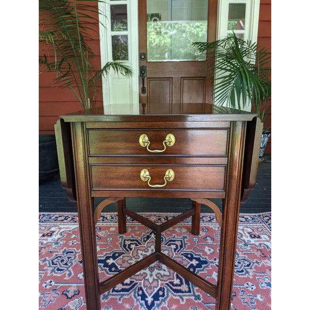 Traditional Vintage Henkel-Harris Drop Leaf Mahogany Side Table For Sale - Image 3 of 12