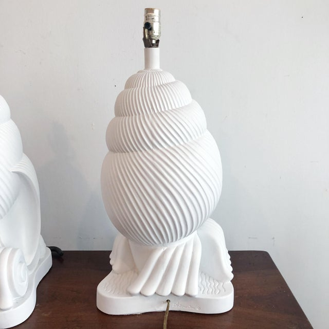 Hollywood Regency 1980s of Plaster Conch Shell Artmaster Nautilus Lamps - a Pair For Sale - Image 3 of 8