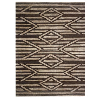 Vintage Mid-Century Hand-Knotted Navajo Inspired Rug - 11′6″ × 15′7″ For Sale