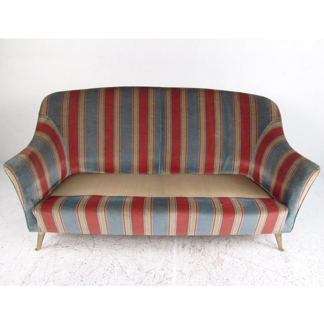 1960s Italian Modern Loveseat After Gio Ponti For Sale - Image 5 of 12