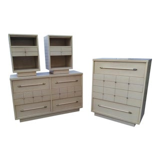 Mid-Century Bedroom Furniture - Set of 4 For Sale