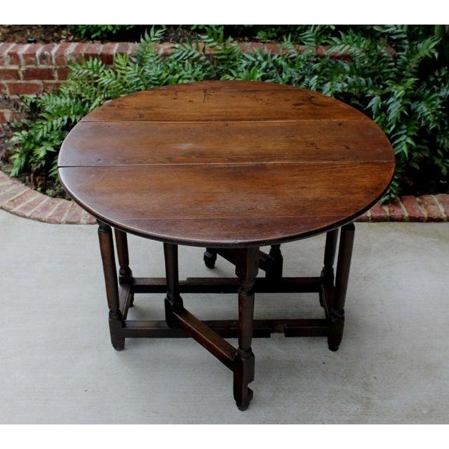 Antique English Traditional Oak Table Drop Leaf Gate Leg Farmhouse Sofa Table For Sale - Image 10 of 13