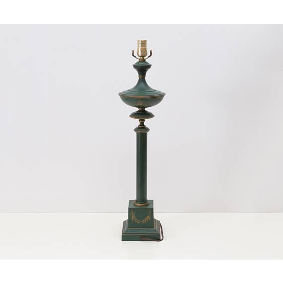 English Traditional French Neoclassical Green Tole Column Table Lamp For Sale - Image 3 of 6