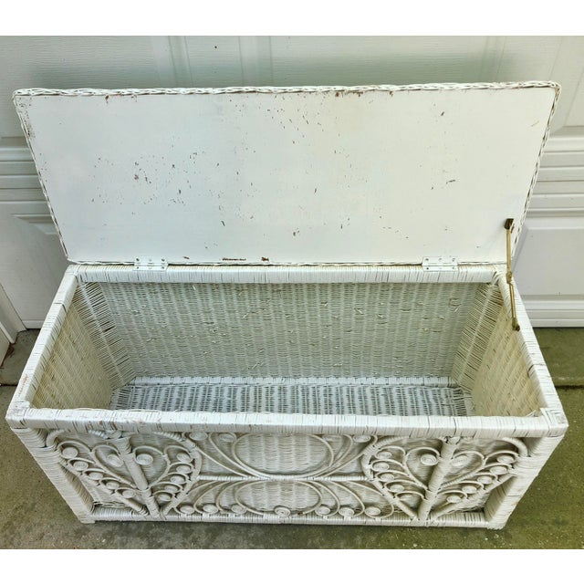 Mid 20th Century White Heart Peacock Wicker Rattan Trunk For Sale - Image 5 of 7