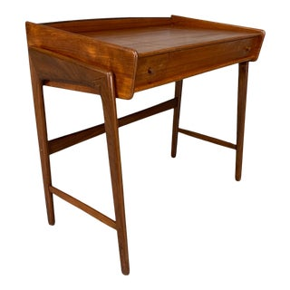 Mid-Century Danish Modern Teak Vanity Table / Dressing Table / Children's Table For Sale