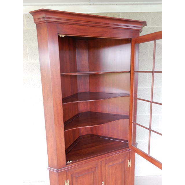 Henkel Harris Lighted Cherry Chippendale Style 12 Pane Corner China Cabinet - Image 3 of 12