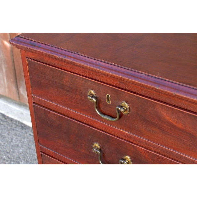 Late 18th Century 18th Century George IV English Chest of Drawers For Sale - Image 5 of 9