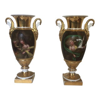 19th Century 1820s Hand Painted French Old Paris Porcelain Vases - a Pair For Sale