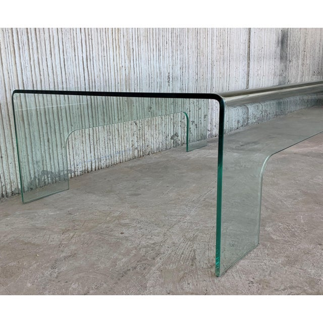 20th Century Mid-Century Modern Rectangular Curved Glass Coffee Table For Sale In Miami - Image 6 of 11