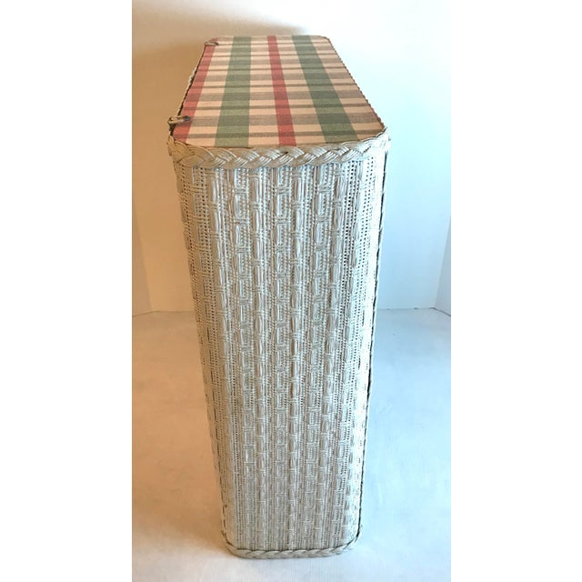 Mid-Century Modern Cottage White Wicker Hanging 2 Tier Wall Shelf For Sale - Image 3 of 8